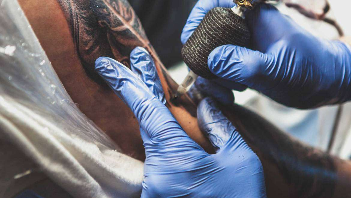 Trending News: Micro Tattoos and Piercing